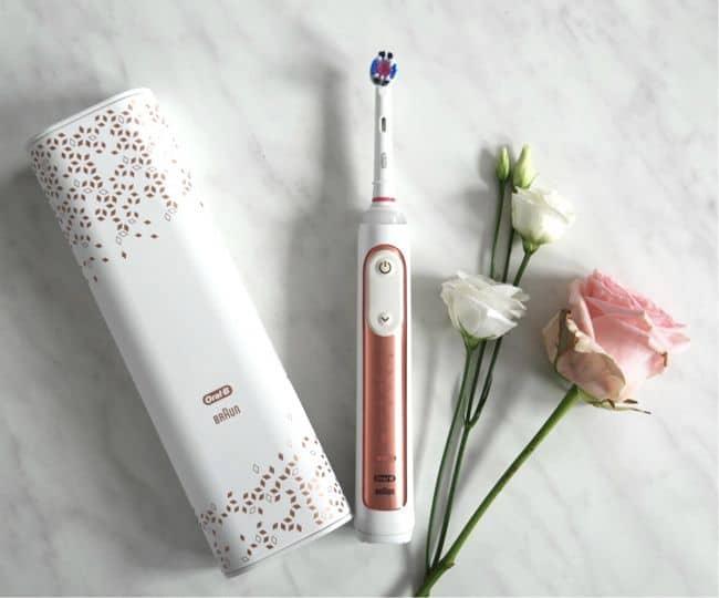 Oral-B Genius 9000N Elektrische Zahnbürste in der neuen trendigen Farbe Roségold